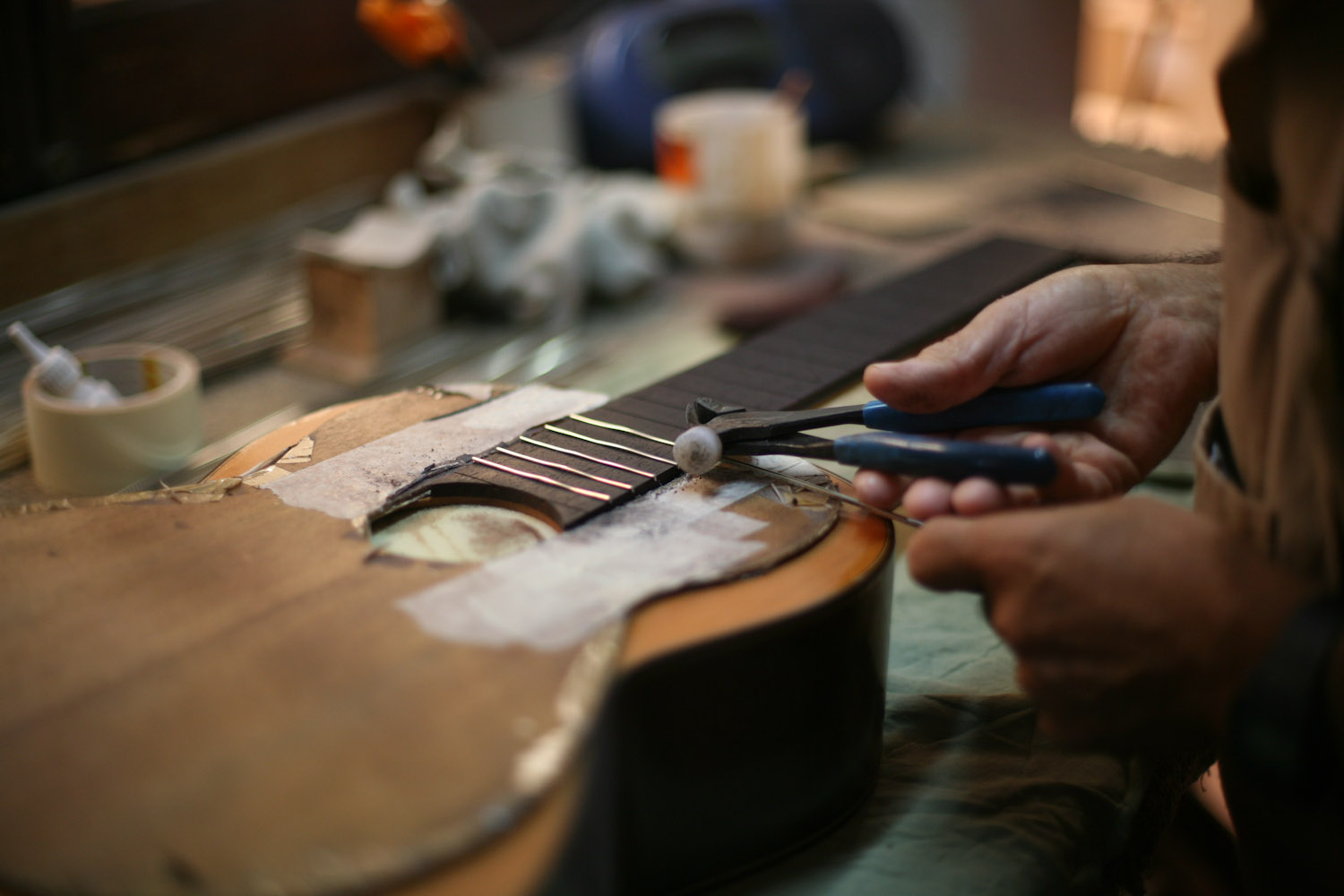 Guitar makers 019