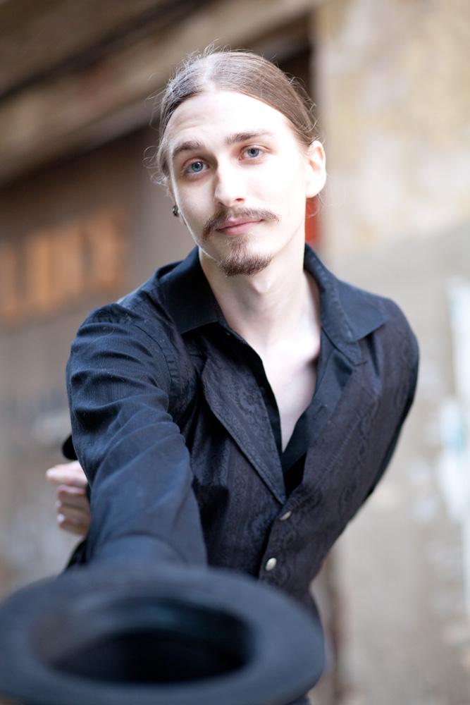 Nicholas Esposito VIII 06